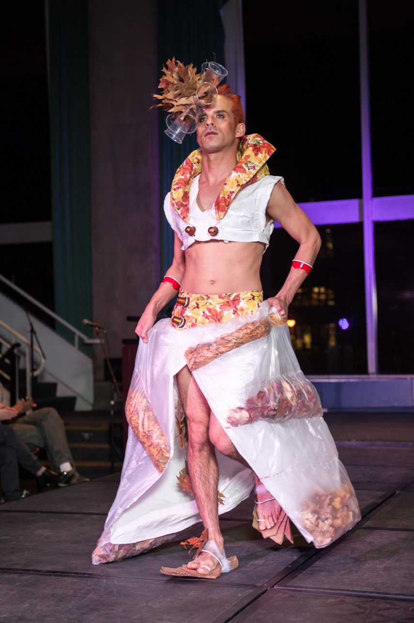 Recapping trashion 2015 mit admissions for Model out of waste materials